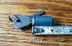 Ford Lock Cylinder Des Années 1930 Avec Poignée Extérieure Vtg Nos
