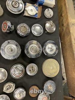 Lot Des Années 1930 Années 1940 Années 1950 Gas Caps Chevrolet Ford Dodge Plymouth Hot Rod